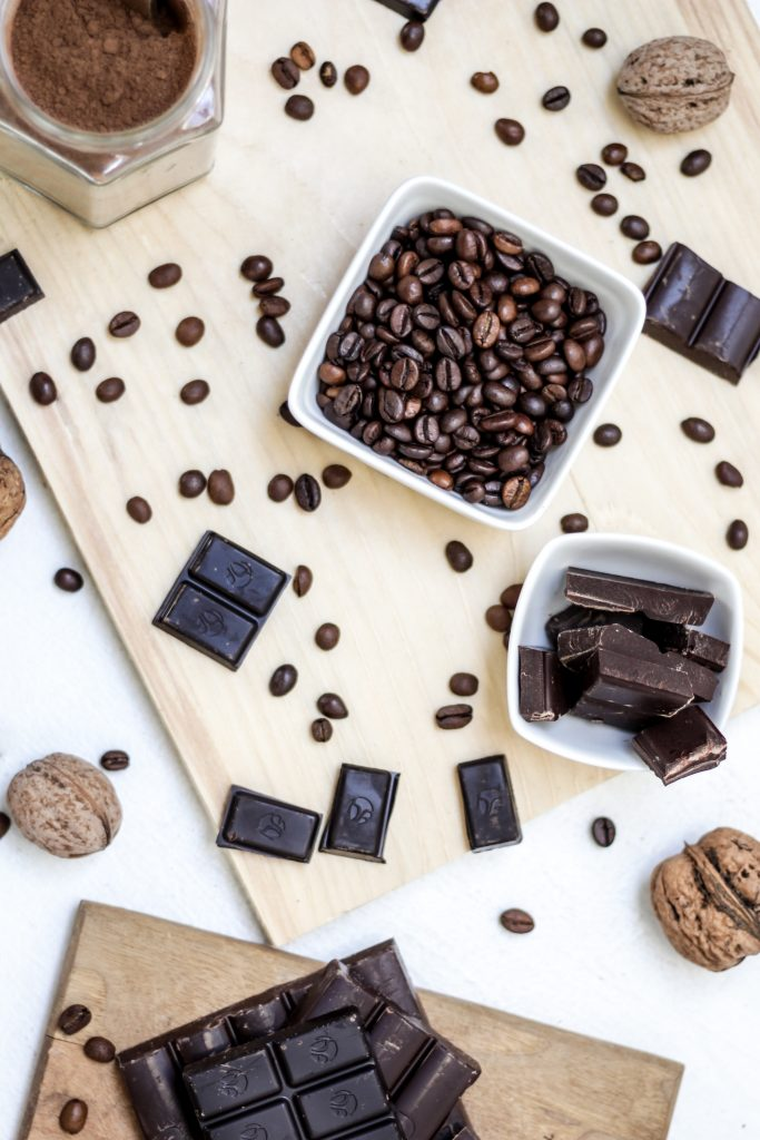 chocolate manufacturing process, Chocolate manufacturing plant